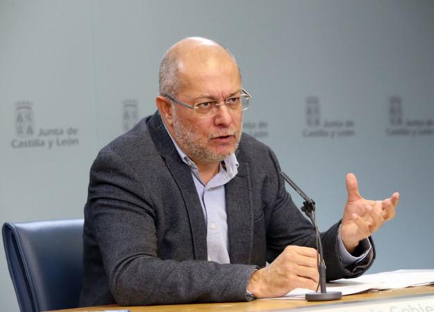 Rubén Cacho / ICAL El vicepresidente, portavoz y consejero de Transparencia, Ordenación del Territorio y Acción Exterior, Francisco Igea, comparece en rueda de prensa posterior al Consejo de Gobierno