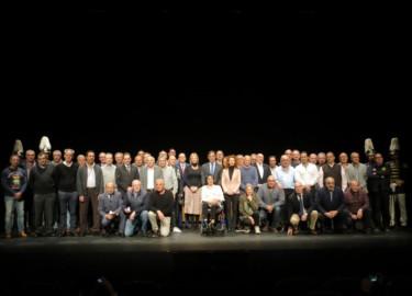 Reconocimiento a bomberos y policías locales de Salamanca en su jubilación.