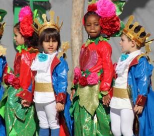 El Principio, Harry Potter, Peter Pan y Alicia 'estudian' en el Francisco Vitoria de Salamanca. Carnaval