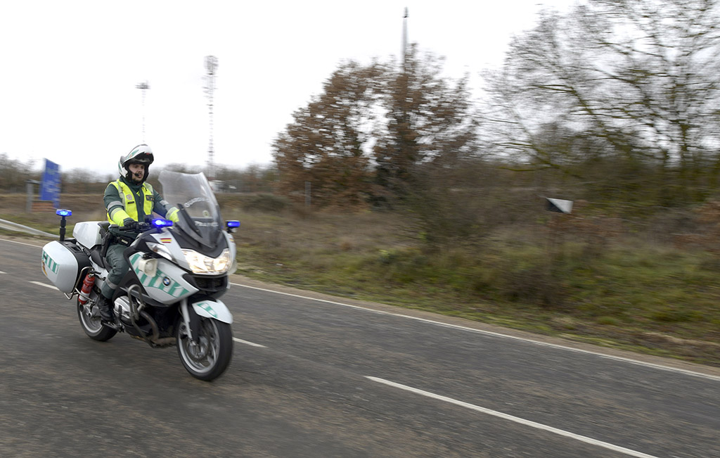 Ricardo Ordóñez / ICAL Juan Alonso, Guardia Civil de Tráfico en la provincia de Burgos