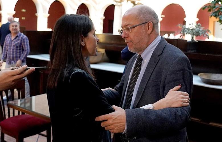 Inés Arrimadas y Francisco Igea. Foto. ICAL. Miriam Chacón. 2.
