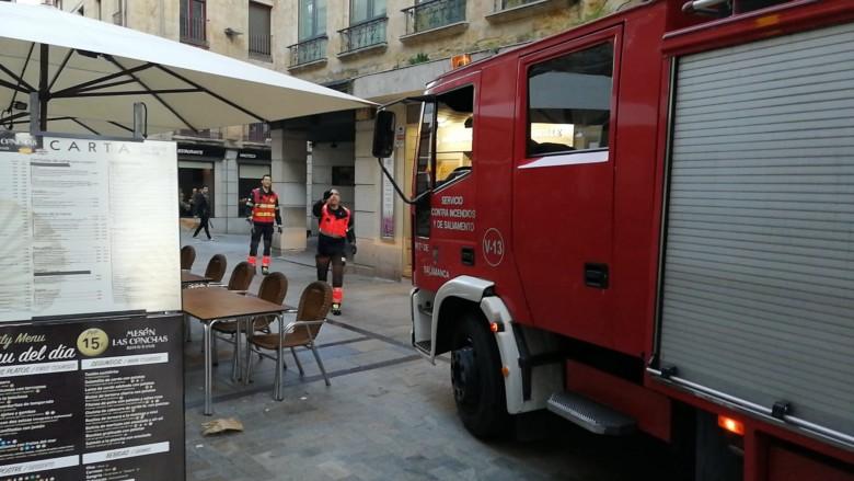Un camión de Bomberos, en la Rúa.