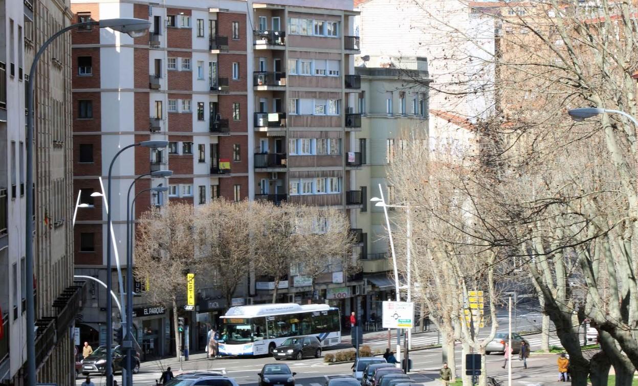 vivienda pisos canalejas autobus