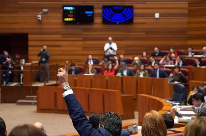Miriam Chacón / ICAL. Votación en las Cortes