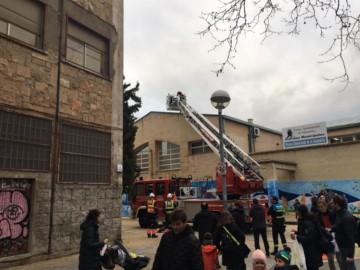 bomberos piscina alamedilla viento (3)