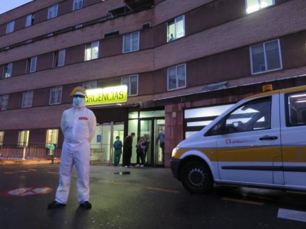 coronavirus hospital clinico (13)