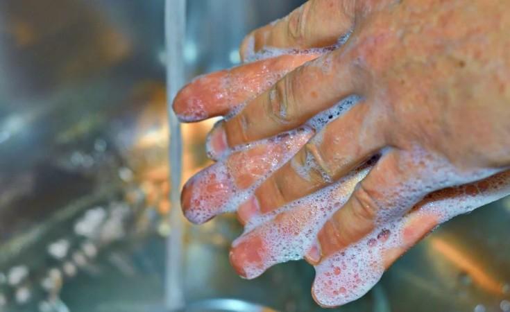 coronavirus lavarse manos