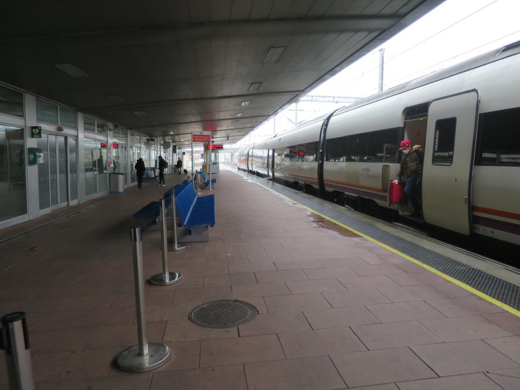 estacion renfe tren coronavirus (5)