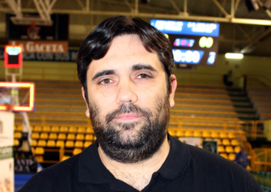 Manuel Rodríugez, entrenador del equipo cadete del CB Tormes.