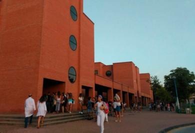 estudiantes alumnos medicina usal universidad campus