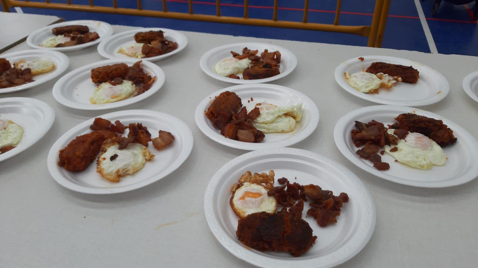 Farinato con huevos, en Valdelosa.