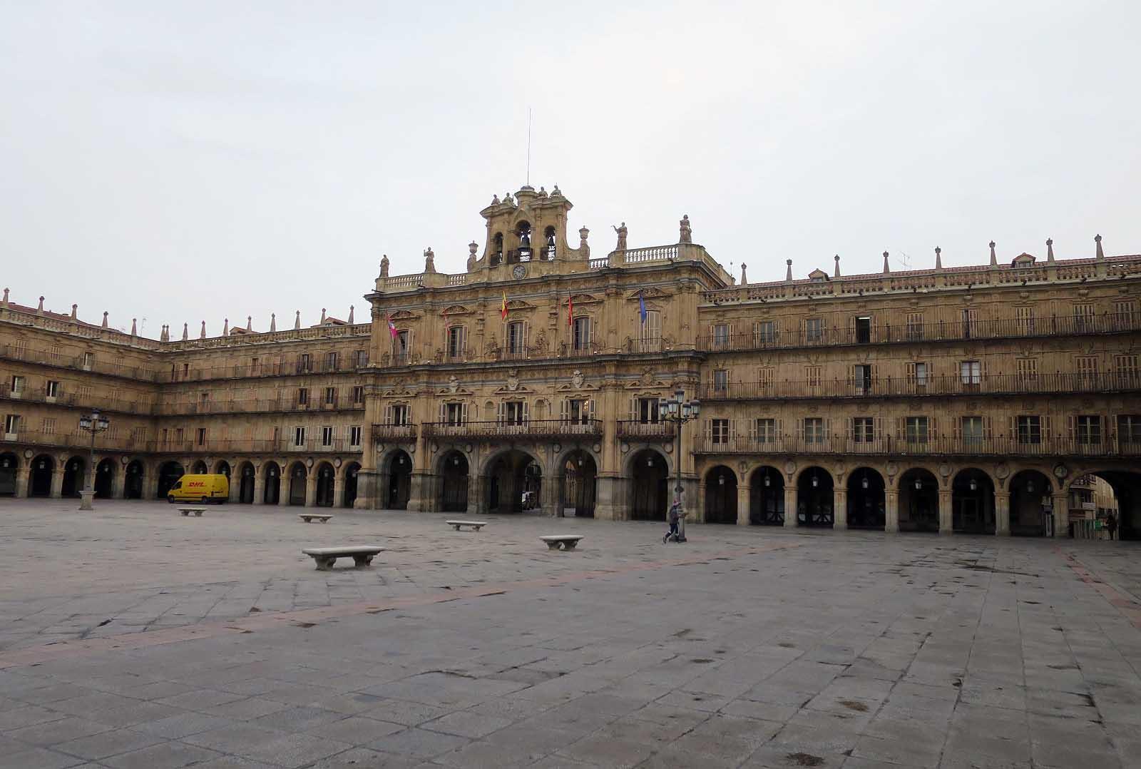 plaza mayor vacia coronavirus