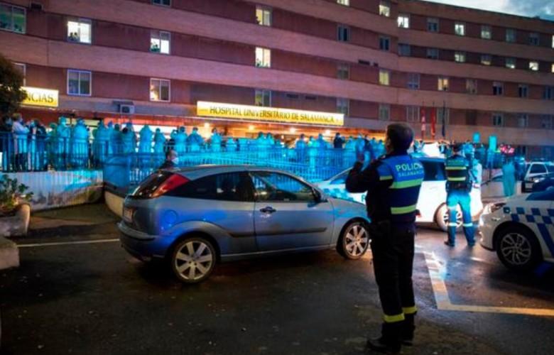 policia aplaude sanitarios hospital arranz