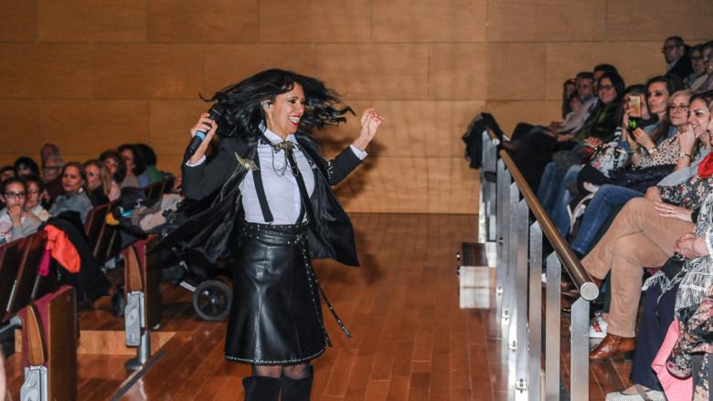 Cristina del Valle, líder de Amistades Peligrosas, actuó en el Auditorio de Villares de la Reina.