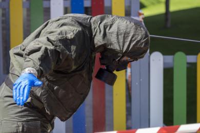 R. Valtero / ICAL. Militares del Regimiento Farnesio 12, de la Brigada Galicia VII realizan labores de desinfección en la provincia de Valladolid