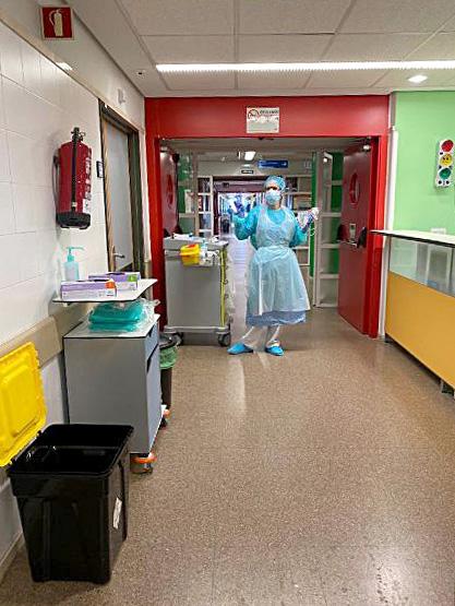 ICAL. Coral Mato, enfermera en planta en el hospital clínico San Carlos, de Madrid.