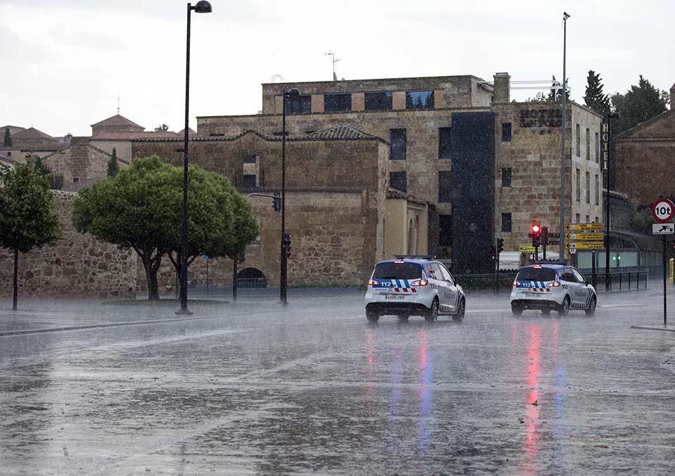 David Arranz. ICAL. Tormenta en Salamanca, calle San Pablo esquina Arroyo de Santo Domingo.