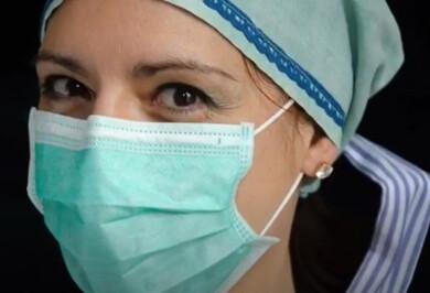 Los sanitarios de Béjar muestran sus ojos en un vídeo.