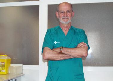 Miguel Barrueco, jefe de Neumología del hospital Clínico de Salamanca.