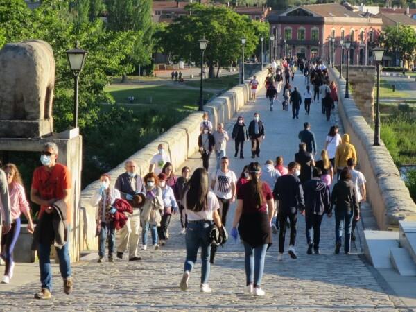 paseo confinamiento estado alarma puente romano (7)
