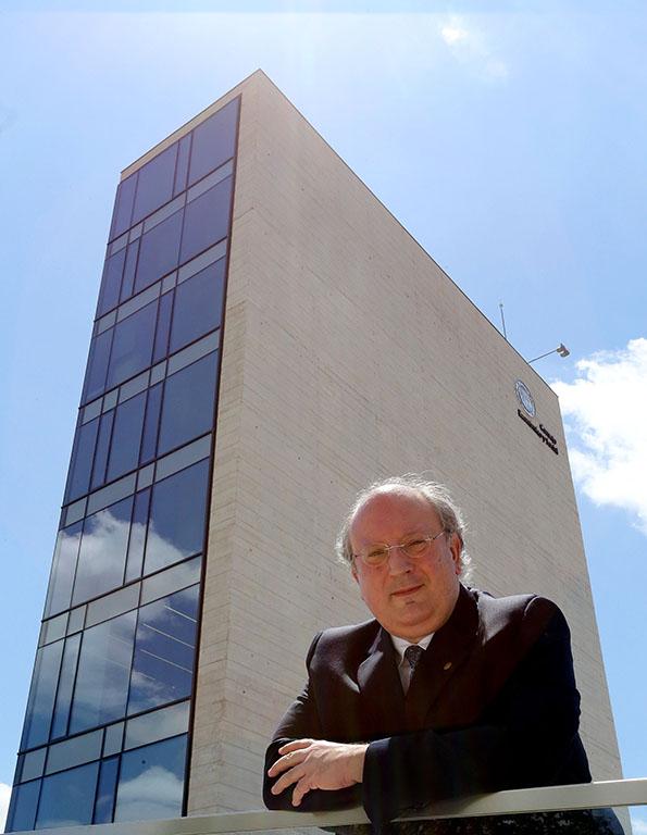 Rubén Cacho ICAL. El presidente del Consejo Económico y Social -CES- Enrique Cabero.