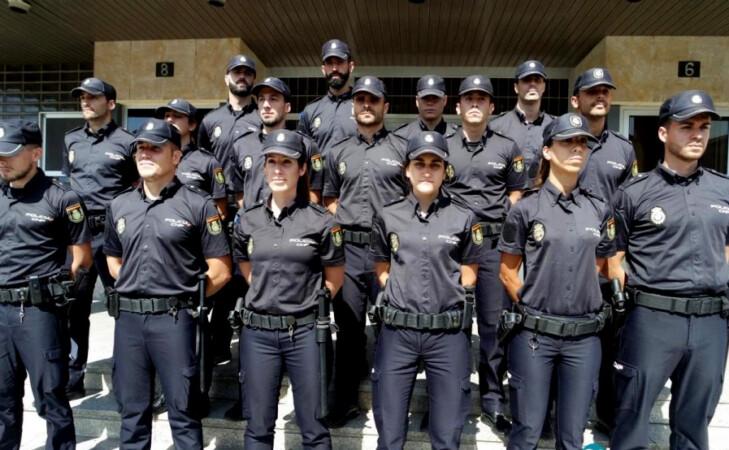 Agentes en prácticas de la Policía Nacional en Salamanca.