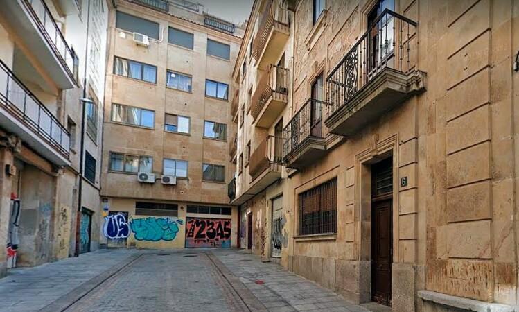 grafitis calle cuesta archivo