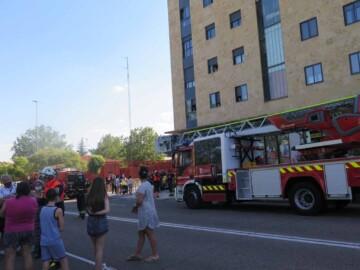 incendio capuchinos piso bomberos policia (1)
