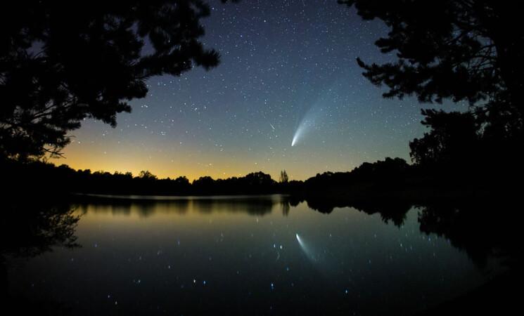 VICENTE/ICAL. El cometa Neowise visible desde el sur de Salamanca.