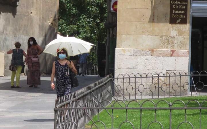 calor verano sombrilla