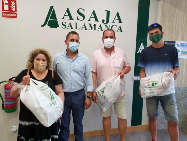 Asaja Salamanca premia a los 'amantes' del chuletón, el cordero y el cochinillo