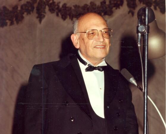 Francisco Rodríguez Adrados. Foto. RAE.
