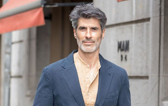 Jorge Fernández, presentador de La ruleta de la fortuna. Foto. Instagram.