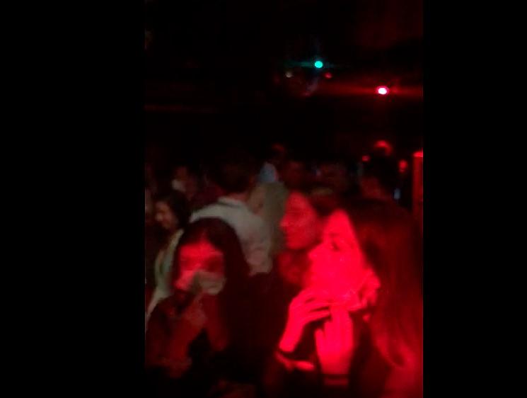 discoteca calle toro abarrotada