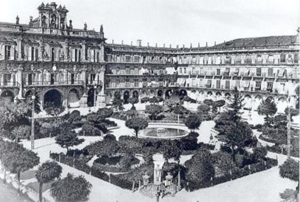 Plaza Mayor de Salamanca. Año 1900. Autor desconocido.