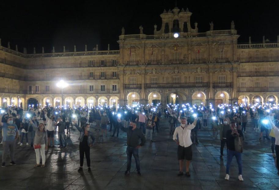 protesta hosteleros contra junta y gobierno