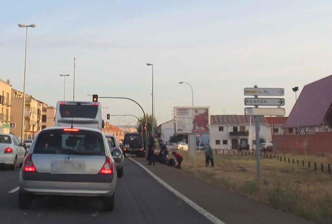 accidente moto junto guardia civil (1)