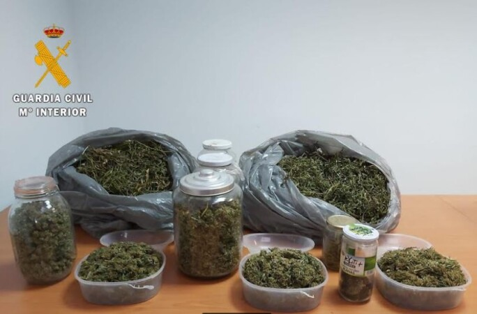 droga marihuana almendra