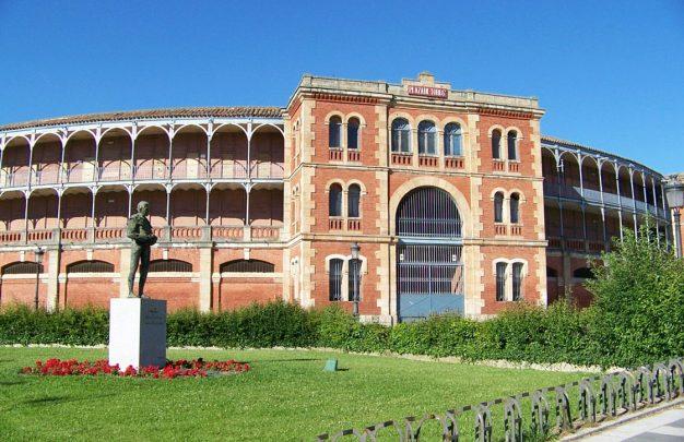 Plaza Totos