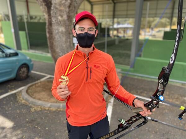 Carlos iglesias, campeón de España de tiro con arco.