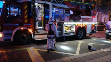 Los bomberos acudieron a una llamada en la calle Padre Cámara.