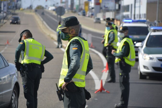 Guardia Civil Control de tráfico. (17)