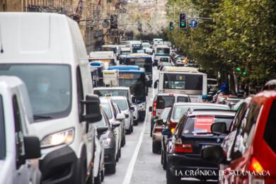 Manifestación de los hosteleros por las calles de Salamanca.