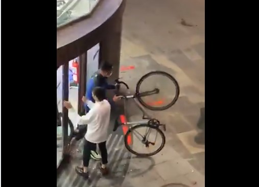 bici saqueo disturbios