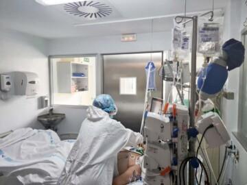 hospital clinicio uci coronavirus (5)