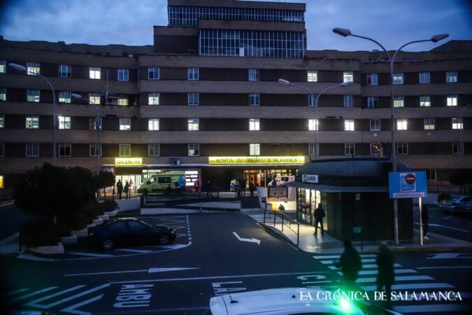 hospital clinico noche coronavirus 13 nov david martin (1)