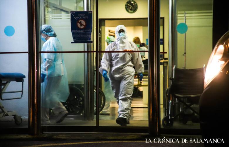 hospital clinico noche coronavirus 13 nov david martin (9)