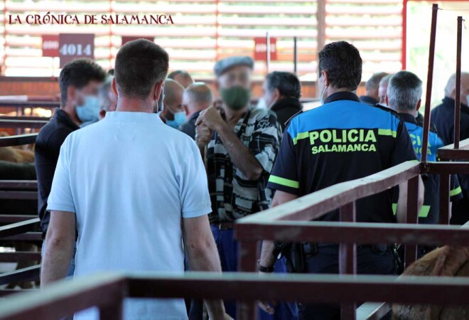 Policía Mercado Ganado