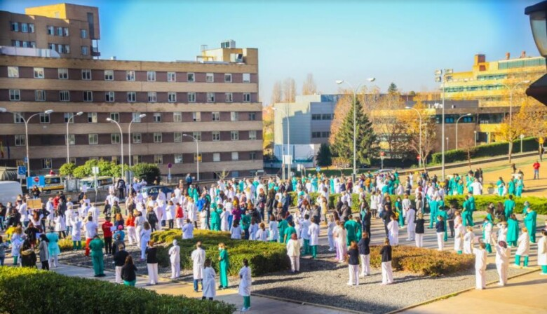 protesta sanitarios medicos decreto sanidad david martin