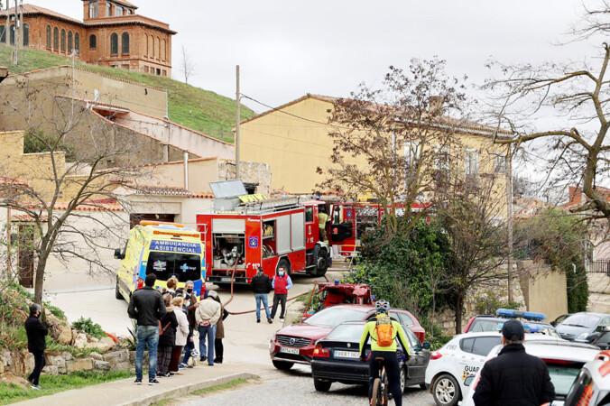 ICAL. Fallecen dos personas en el incendio de una vivienda en la calle Cuesta de la Estación de Toro (Zamora)